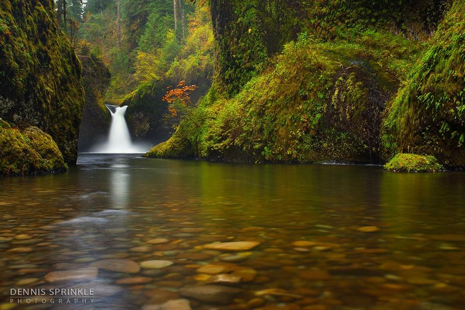Punchbowl Falls in Oregon