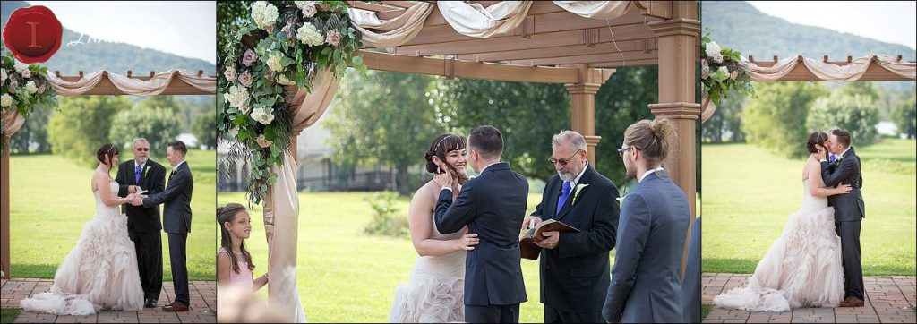 Tennessee Riverplace Wedding Ceremony