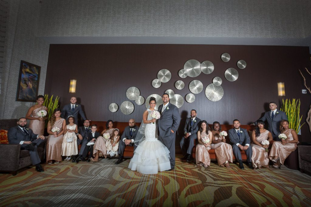 Wedding_party_and_family_portfolio_image_by_Chattanooga_based_Innamorata_Photography_ArielleBrandonWed00329C