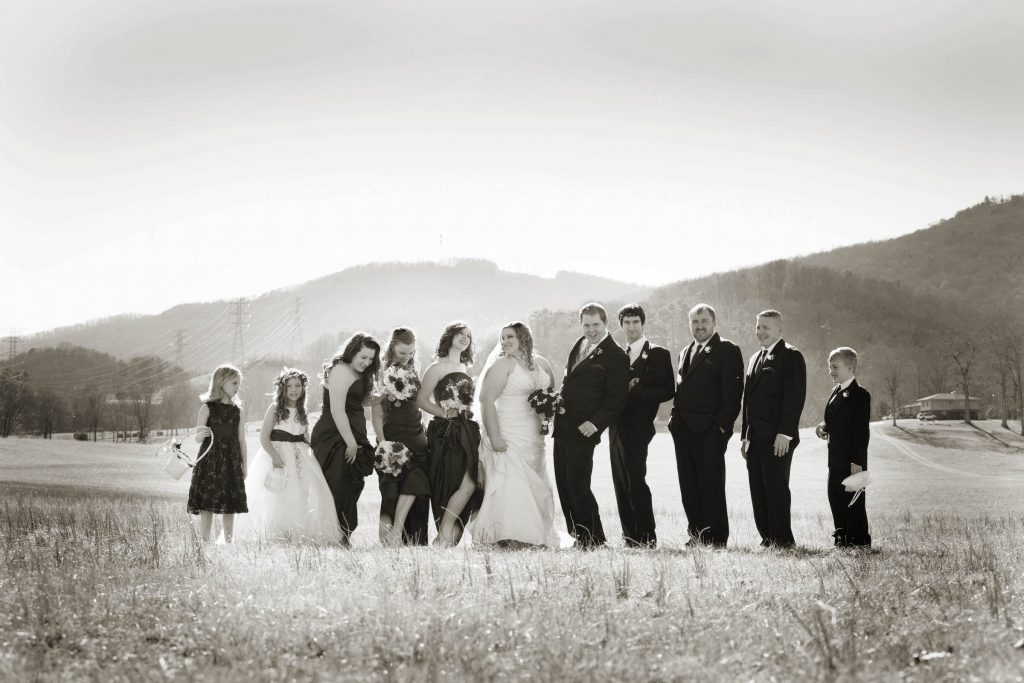 Wedding_party_and_family_portfolio_image_by_Chattanooga_based_Innamorata_Photography_BethanyChrisWed00246_M