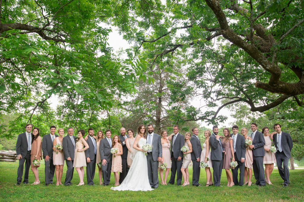 Wedding_party_and_family_portfolio_image_by_Chattanooga_based_Innamorata_Photography_DottieMichaelWED00462C