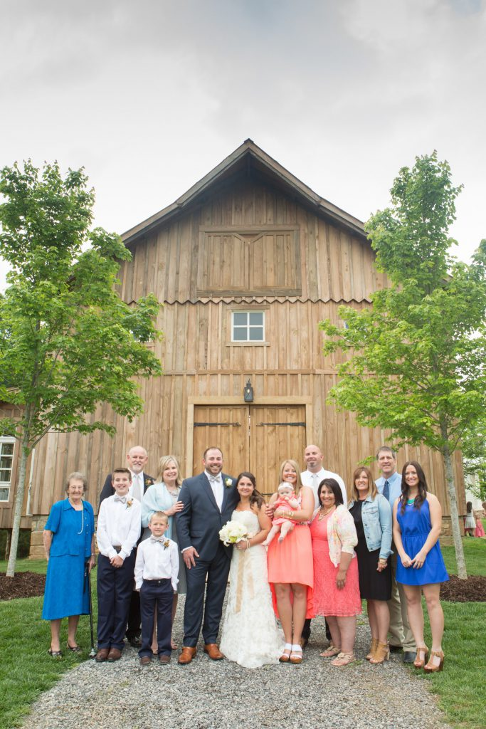 Wedding_party_and_family_portfolio_image_by_Chattanooga_based_Innamorata_Photography_JennieCodyWed00226_C