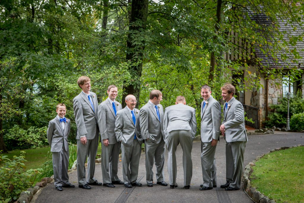 Wedding_party_and_family_portfolio_image_by_Chattanooga_based_Innamorata_Photography_LacieWesleyWed0092C