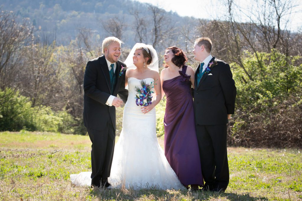 Wedding_party_and_family_portfolio_image_by_Chattanooga_based_Innamorata_Photography_LindseyMeganWed00176_C